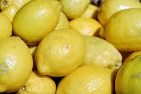Colores amarillo